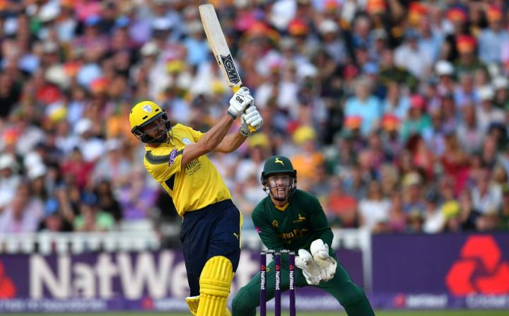 Vince hits a crucial half-century at the 2017 T20 Finals Day at Edgbaston