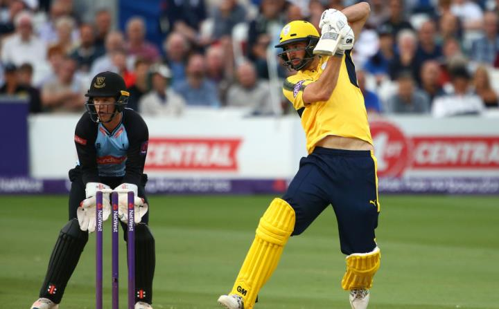 Vince notches yet another fifty in T20 cricket as Hampshire beat Sussex in 'El Clasicoast' in 2017