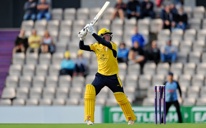 Alsop uppercuts a short ball from Tymal Mills on the way to a T20 Blast half-century against Sussex at the Ageas Bowl